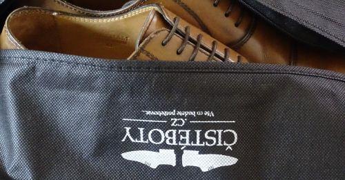 pouzdro na boty