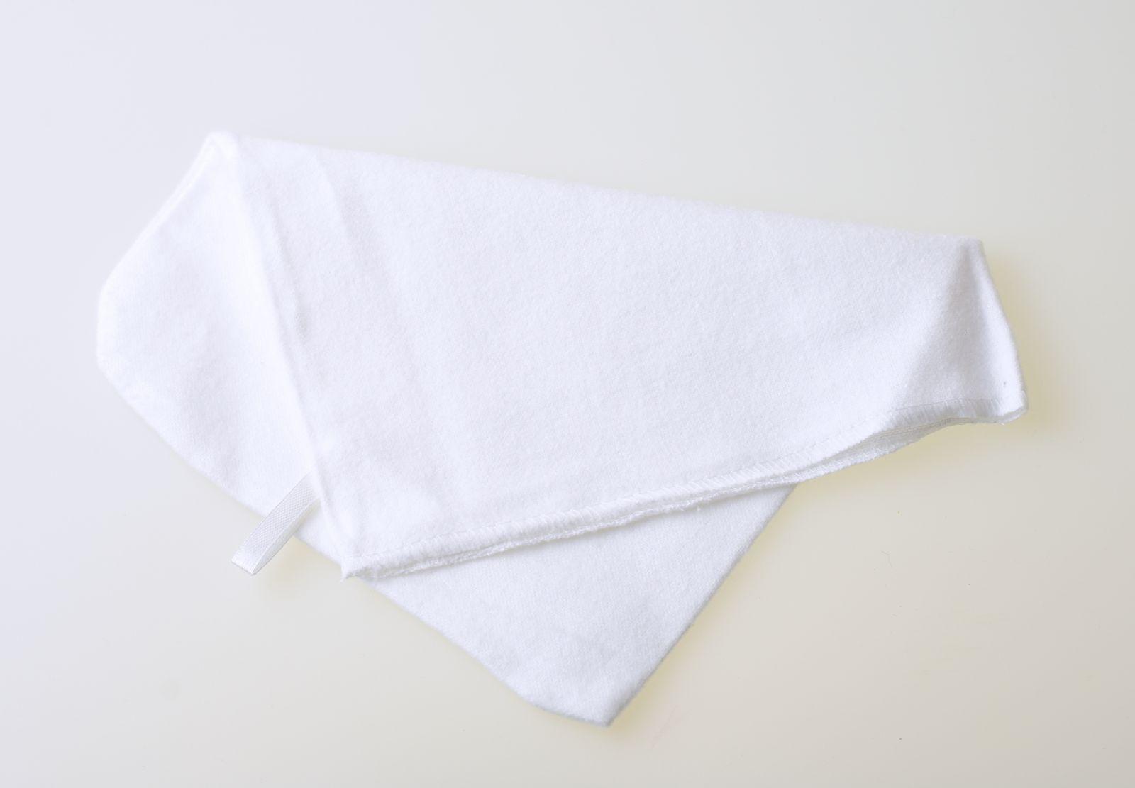 Leštící rukavice balněná, bílá