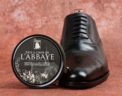 Jak leštit kožené boty?