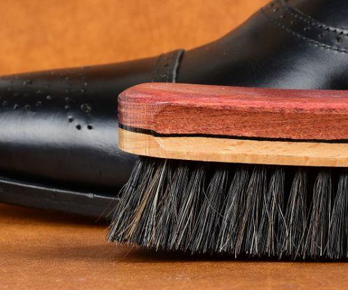 Kartáč na leštění bot