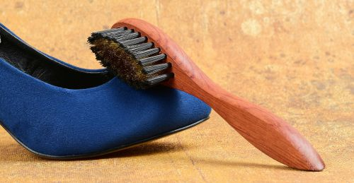 jak čistit semišové boty