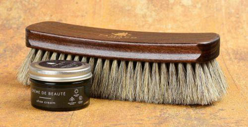 leštící kartáč na kožené boty jak čistit kožené boty