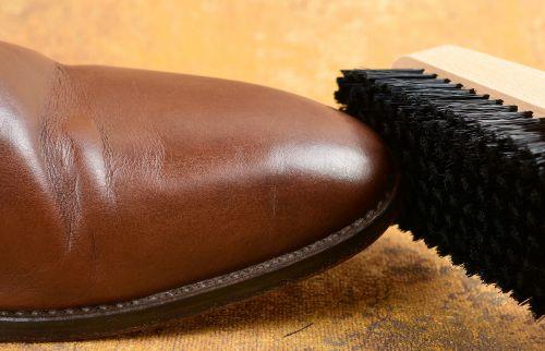 kartáč na boty