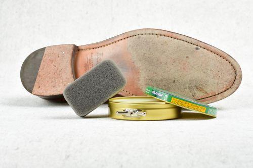 ošetření kožené podrážky, čištění bot