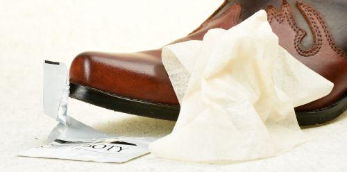 Čistící ubrousek na boty