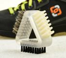 Kombinovaný kartáč na boty